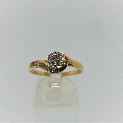 18ct YELLOW GOLD 1/2 CT DIAMOND RING VALUED @$2726 COMES WITH VALUATION