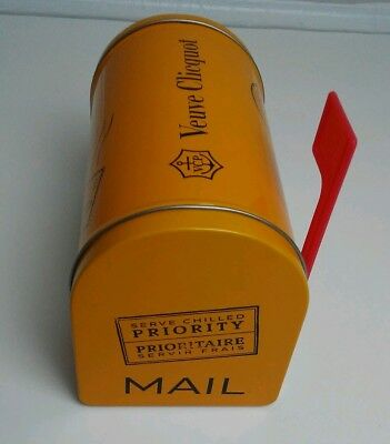 Veuve Clicquot Champagne Ponsardin Small Mailbox Display VCP