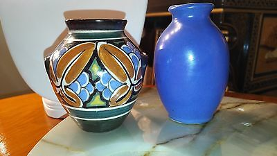Tuako Holland Gouda small cabinet vase, with a small blue cabinet vase