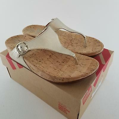 8979e71ae3ed5 FitFlop Women s The Skinny Pale Gold Toe Thong Sandal 8 M US  3307