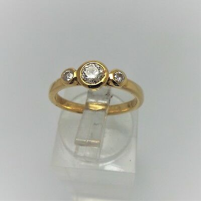 18ct YELLOW GOLD TRILOGY DIAMOND RING VALUED @$2054 COMES WITH VALUATION