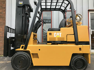 Caterpillar T70D 7000Lb Cushion Forklift Lifttruck