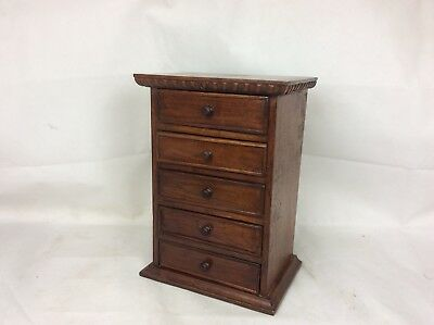 Lovely Vintage Small Chest Of Drawers. Collectors Chest