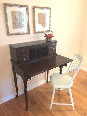 CLASSIC Ladies Ethan Allen Queen Anne Georgian Court Flip Top Writing Desk