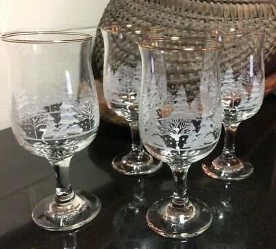 """4 Arby's Winter Snow Scene Holiday 7"""" Water or Wine Goblets / Glasses Gold Trim"""