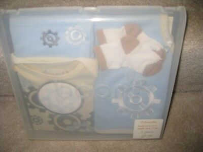 6New Boom 0-6 Months 5 Piece Gift Set For A Baby Baby