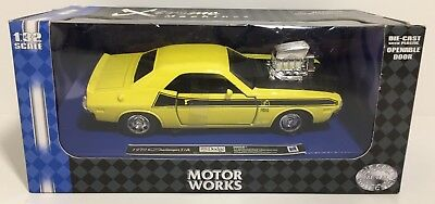 Newray Motor Works 1970 Dodge Challenger T/a Yellow 1:32  Die Cast! Free Ship