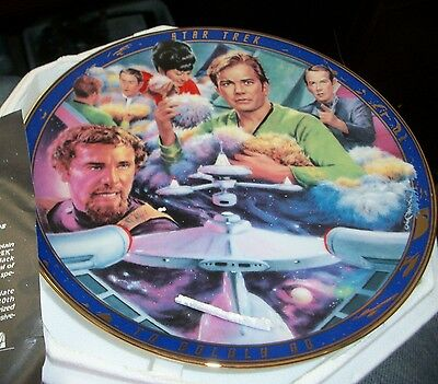 """STAR TREK ORIGINAL EPISODES COLLECTOR PLATE """"TROUBLE with TRIBBLES"""" NEW w/COA"""