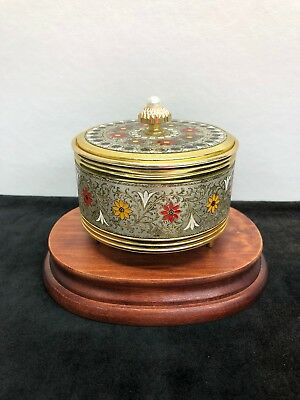 Vintage Gold with Etched Flowers Metal Vanity Musical Powder Box w/Original Puff