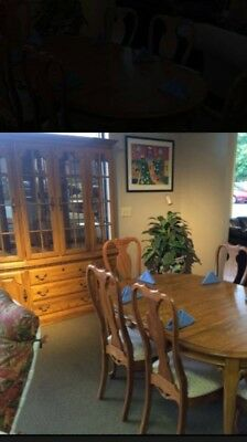 Solid oak dining room set, Jamestown Sterling, table & 6 chairs, china cabinet