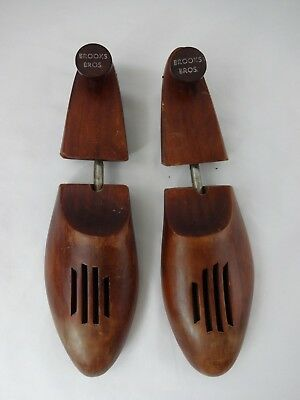 Brooks Brothers Wooden Shoe Trees, Large 11 -12.5