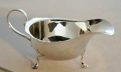 Solid Silver Sauce / Gravy Boat.  Made Birmingham 1928 By Zimmerman . Gift Box .