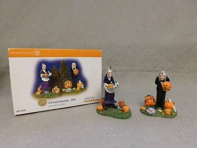 "Department 56 ""a Gravely Haunting-2004"" Halloween Snow Village Acc.  #55240"
