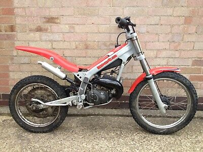 BETA REV 50 KID'S TRIALS BIKE IDEAL CHILD'S FIRST OFF ROAD BIKE 50cc AUTOMATIC