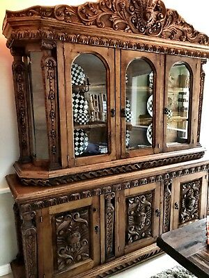 AMAZING WOOD CARVED BUFFET!  Must See To appreciate!!