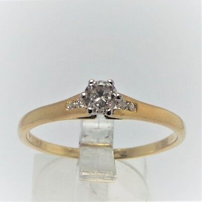 18ct YELLOW GOLD DIAMOND RING VALUED @$1879 COMES WITH VALUATION