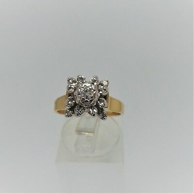 18Ct Yellow Gold Diamond Ring Valued @$1857 Comes With Valuation