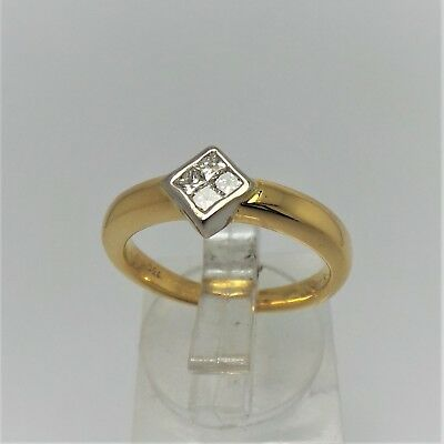 18Ct Yellow Gold Diamond Ring Valued @$1541 Comes With Valuation