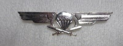 Finland Senior Parachute Badge, Dual Screw Back