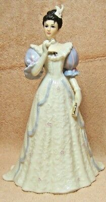 "Lenox ""ivory Evening At The Opera"" Porcelain Figurine"