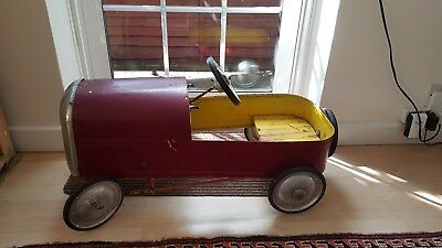 Vintage Metal Pedal Car For Restoration.
