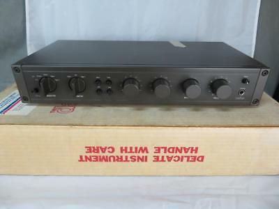 Hafler DH-110 Stereo Pre Amplifier Preamp Good Condition in Box