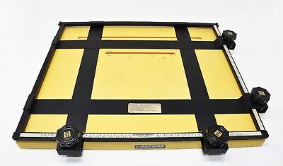 """Saunders Master 16"""" x 18.5"""" Professional 4-Blade Darkroom/Photography Easel"""