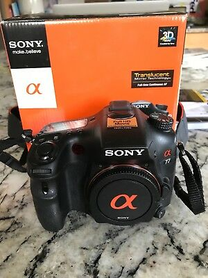 Sony Alpha SLT-A77 24.3MP Digital SLR Camera Powers on Error For parts/repair