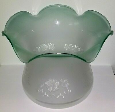Good Quality Vianne-Style Etched & Green Flashed Glass Oil Lamp Shade