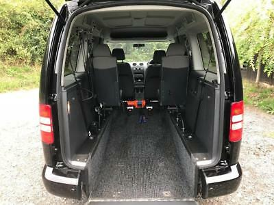 2014 Volkswagen Caddy Maxi Life 1.6 TDI 5dr WHEELCHAIR ACCESSIBLE VEHICLE 5 d...