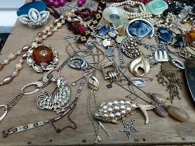 Job Lot Of Vintage & Modern Costume Jewellery. 1kg. Spares or Repair....