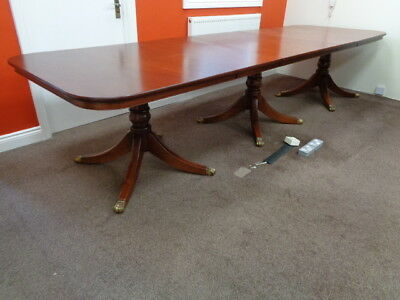 HUGE 12ft EXTENDING MAHOGANY DINING TABLE ANTIQUE STYLE BOARDROOM NEEDS REPOLISH