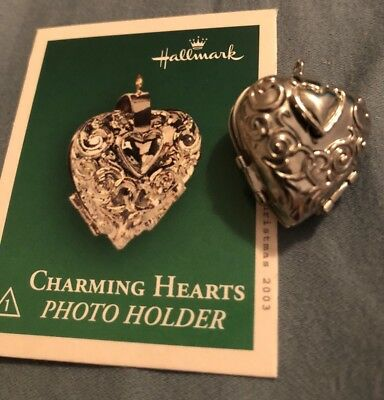 2003 Hallmark Miniature Ornament Charming Hearts Photo Holder Locket New MIB