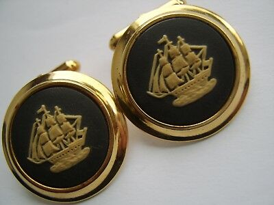Large Pair Of Vintage 5 micron 9ct gold Wedgwood Cufflinks sailng ships in box