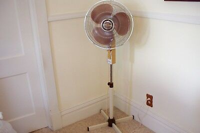 "Vintage Collins Cool Breeze 16"" 3-Speed Oscillating Floor Pedestal Fan"