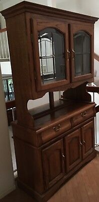 China Cabinet Hutch Excellent Condition