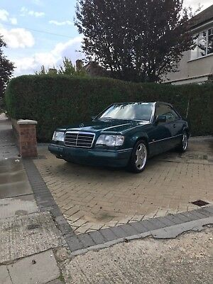 Mercedes W124 coupe Pillarless classic car Investment