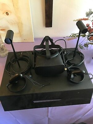 Oculus Rift Virtual Reality Headset Touch Motion-Controller Bundle