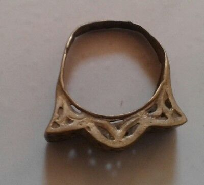 Extremely Ancient Old Ring Bronze Legionary Roman