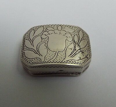 Nice Early English Antique Georgian 1811 Solid Sterling Silver Vinaigrette Box