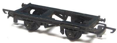 Triang diecast chassis for TT gauge short wagon, spare, with wheels & couplings