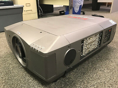 Eiki LC-XT4 12,000 LUMEN PROJECTOR WITH STANDARD ZOOM LENS GOOD COND LOW RESERVE