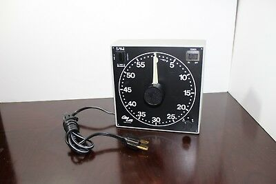 NEW Gra Lab Darkroom Timer Clock Model 300- 120 V 60 HZ buzzer timer TESTED