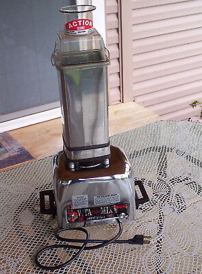 Vita Mix 3600 Plus Stainless Heavy Duty Blender-Processor-Juicer-Bread Kneader