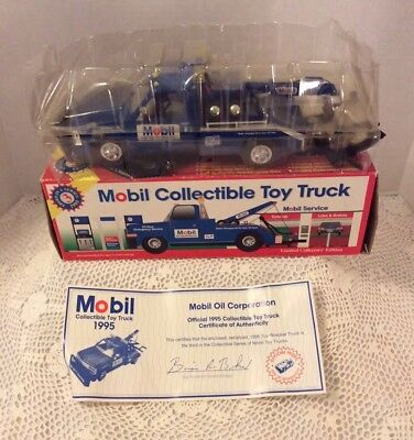 Mobil 1995 Toy Wrecker Tow Truck Limited Edition New In Box