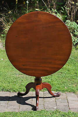 Antique George III mahogany tilt-top pedestal occasional side or centre table
