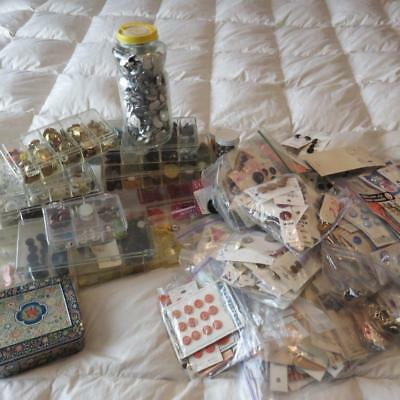 OVER 18 Pound Box Estate Find Antique and Vintage Sewing Buttons & Notions Lot