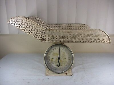 Vintage Chatillon 30 lb Baby Basket Nursery Scale with Adorable Babies Faces