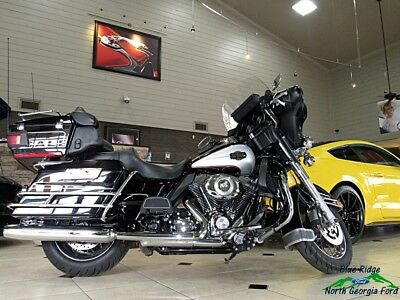 Harley-Davidson Touring  2010 Harley-Davidson Touring Electra Glide Ultra Classic Used