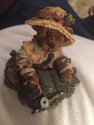 Boyds Bears and Friends The Bearstone Collection Otis The Fisherman